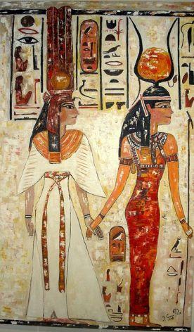 Nefertiti e Isis (Isis, Diosa madre, Es tratada como la madre de Horus incluso en las primeras copias de los Textos de las Pirámides) // Nefertiti and Isis (Isis, Mother Goddess, is treated as the mother of Horus even in the first copies of the Pyramid Texts)